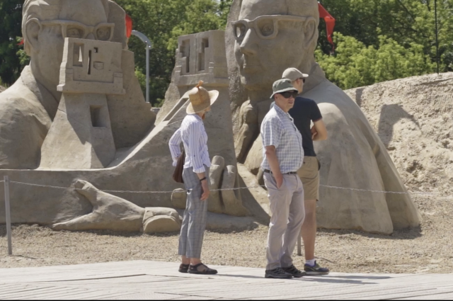 Smilšu skulptūru parks atklāts / Summer Signs 21